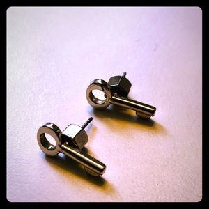 Marc Jacobs Silver-toned key earrings. EUC